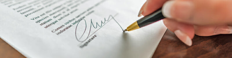 travel nursing contracts